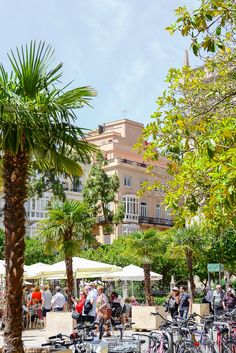 Spain is dazzling and distinctive, embrace each of your inner happen dork at El Prado in The town, walk the busy boardwalk along side Mediterranean and beyond in Barcelona . Murcia, Alicante, Travel Around The World, Around The Worlds, Country Scenes, Prado, Spain Travel, Nars, Travel Tips