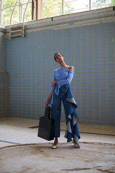 Solace London Resort 2019 London Collection - Vogue