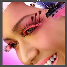 OLL 113 - Black to bright pink lash, finished with black feather tips at the outer corners