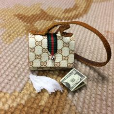 Purse Designer Hand Bag Valise Pocketbook Small 1:12 Dollhouse Miniature
