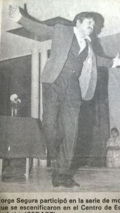 """Presentación del monólogo """"Sobre el daño que causa el tabaco"""" de Chéjov. este trabajo se representó en la mayoría de los espacios universitarios, algunas veces acompañado por una charla sobre Antón Chéjov a cargo del recordado maestro Jorge Manuel González."""