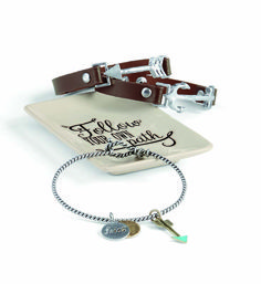 Love the arrows.  So meaningful.  the anchor is cool, too.  A good gift idea for a graduate this summer?  #itpaystobehappy
