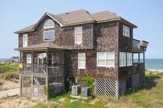 South Nags Head Vacation Rental: Sand Witch 662 |  Outer Banks Rentals MP 20  Location: Oceanfront Bedrooms: 5 Baths: 3 Full 1 Half Bed Sizes: 3 Queens, 2 Singles, 1 Bunk Set $5,101.17 all in week 7/5 or 7/26