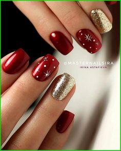 Christmas Gel Nails, Holiday Nails, Christmas Nail Designs, Xmas Nail Art, Christmas Makeup, Fancy Nails, Red Nails, Red And Gold Nails, Cute Acrylic Nails