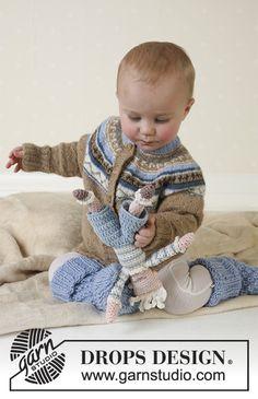 Leonard / DROPS Baby 13-15 - DROPS Jacket, socks and soft toy in Alpaca