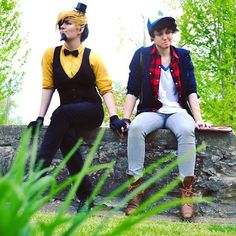 I love SkitsoFanActs their awesome Gravity Falls Cosplay, Gravity Falls Comics, Gravity Falls Bill, Dipper And Bill, I Want A Relationship, Bipper, Youtube S, Reverse Falls, Bill Cipher