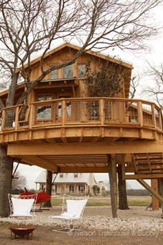Nelson Treehouse and Supply: Portfolio of residential treehouses, retreat treehouses, kids treehouses Treehouse Supplies, Treehouse Masters, Adult Tree House, Cool Tree Houses, Tree House Designs, Tree Tops, Play Houses, Architecture Details, Arquitetura