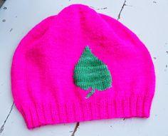 Marion R: Sprek lue i håndfarget gatn Knitted Hats, Beanie, Knitting, Fashion, Moda, Tricot, Fashion Styles, Breien, Beanies