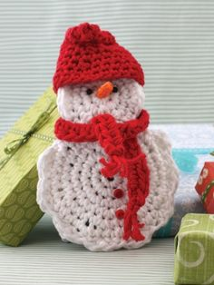 Snow Man Gift Card Cozy | Yarn | Free Knitting Patterns | Crochet Patterns | Yarnspirations