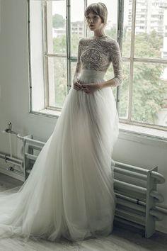 Ersa Atelier Fall 2017 Wedding Dress