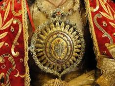 Resultado de imagem para como fazer registos do senhor santo cristo Lord, Christ, Jewels