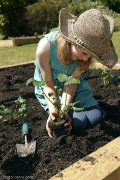 Fun projects for a children's spring garden party or just having fun with kids in the garden.