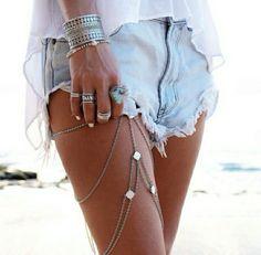 Lovely leg's juwel!
