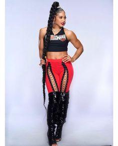 Wwe World, Female Wrestlers, The Championship, Wwe Divas, Rave, Wonder Woman, Superhero, Inspiration, Women