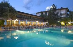 Park Hotel Casimiro Village San Felice del Benaco Surrounded by its own gardens, Park Hotel Casimiro is a beautiful place to enjoy a relaxing break directly on the shores of Lake Garda. It features 2 large outdoor pools.