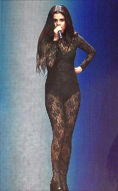 "Selena Gomez Strips Down to Black Lingerie for ""Hands to Myself"" Music Video Sneak Peek Selena Gomez, iHeartRadio Jingle Ball Selena Gomez Tour, Estilo Selena Gomez, Selena Gomez Cute, Selena Gomez Outfits, Selena Gomez Pictures, Selena Gomez Style, Selena Gomez Wallpaper, Marie Gomez, Black Lingerie"