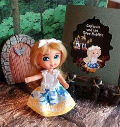 Liddle Kiddle OOAK Goldilocks and the Three Biddles Storybook Kreation Dolls Dolls, Barbie Dolls, Barbie Collection, Dollhouses, Vintage Toys, Minis, Third, Nostalgia, Childhood
