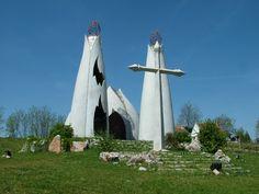 Az ország egyik legkülönlegesebb temploma – Megbékélés Kápolna, Beremend