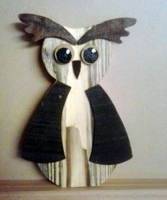 Hand crafted wooden owl, self made.