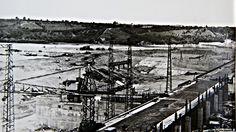 Zapora wodna we Włocławku w budowie rok 1968