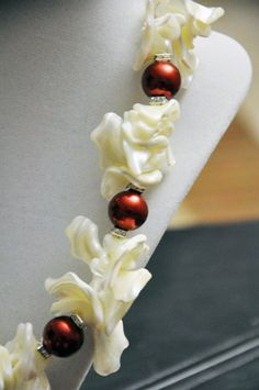GORGEOUS Red and White Pearl Shell Necklace