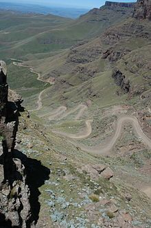 Sani Pass - Wikipedia, the free encyclopedia Mountain Pass, Hiking Photography, Off Road Adventure, High Road, Kwazulu Natal, Live, Countryside, South Africa, Scenery