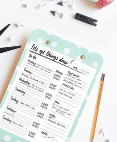 Hand Lettered TO-DO List.  Staying Organized never looked so pretty! Delineateyourdwelling.com