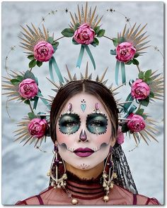 Every year I love attending Dia De Los Muertos Festival event. It's a place of peace and love…literally! 🖤 We celebrate food,… Leopard Halloween, Halloween Makeup Sugar Skull, Sugar Skull Costume, Sugar Skull Makeup, Halloween Skull, Halloween Spider, Halloween Costumes, Skeleton Costumes, Skeleton Makeup