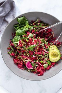 Brighten up your day with this Winter Bliss Bowl! A simple vegan bowl made with beets, quinoa, avocado and chickpeas-that can be made in under 30 minutes! Great for meal-prepping and guaranteed to lift your spirits! #bowl #buddhabowl #veganbowl Veg Recipes, Healthy Recipes, Farmers Market Recipes, Cook Off, Bliss, Meal Prep, Food To Make, Vegetables, Avocado