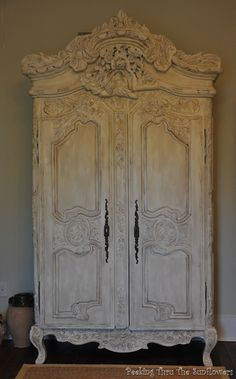 My grandparents had one like this, painted black. Technically it's mine now, but it's at my dad's house because I don't have room for it, it's TOO HUGE! One day, one day...