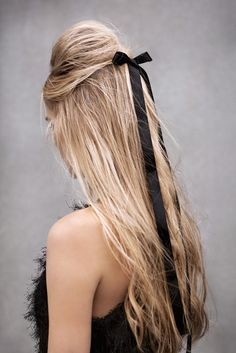 :: sweet black bow in blonde hair :: -HAIR Party Hairstyles, Cool Hairstyles, Pinterest Hairstyles, Wedding Hairstyles, Loose Hairstyle, Ribbon Hairstyle, Bridesmaid Hairstyles, Style Hairstyle, Homecoming Hairstyles