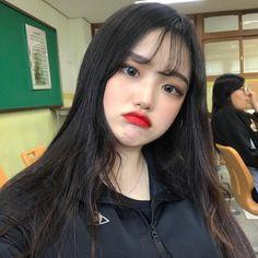 Korean Photo, Ulzzang Korean Girl, N Girls, Korean Makeup, Everyday Makeup, Makeup Looks, How To Look Better, Cute Outfits, Vestidos