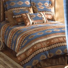 Save - on all Rustic bedding and comforter sets at Black Forest Decor. Your source for discount pricing on lodge bedding and bear bedding accessories. Rustic Bedding Sets, Rustic Comforter, Western Bedding, Queen Bedding Sets, Western Bedrooms, Black Forest Decor, Buy Bed, House Beds, Western Decor