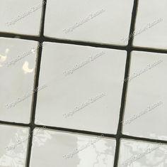 Wandtegel handvorm 13x13 bone - Witte handgevormde wandtegels ( Friese witjes ) met een afmeting van 13x13 nu ook wederom in de aanbieding. Geef uw ruimte een klassieke uitstraling en verwerk deze wandtegels ( eventueel meerder kleuren ) op uw wand.