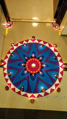 Easy Rangoli Designs Videos, Rangoli Designs Simple Diwali, Indian Rangoli Designs, Rangoli Designs Latest, Rangoli Designs Flower, Free Hand Rangoli Design, Small Rangoli Design, Colorful Rangoli Designs, Rangoli Ideas