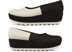 Camper desafió toda lógica inventando los pares de zapatos desiguales: se llaman Twins y se diseñan por separado para que juntos sean únicos. Como las parejas perfectas, se complementan. Como las almas gemelas, son inseparables. Como los pies, no pueden vivir el uno sin el otro.