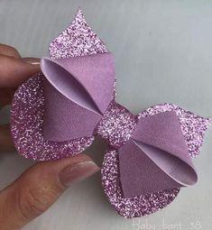 20 Pretty And Easy Ideas to Wear Butterfly Hair Clips Diy Hair Bows, Making Hair Bows, Diy Bow, Bow Making, Felt Bows, Ribbon Bows, Bow Template, Hair Bow Tutorial, Bow Pattern