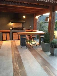 Barbecue Design 2020 – How long do you let charcoal burn before cooking? Modern Outdoor Kitchen, Backyard Kitchen, Kitchen Benches, Outdoor Spaces, Outdoor Living, Outdoor Decor, Outdoor Kitchens, Outdoor Ideas, Barbecue Design