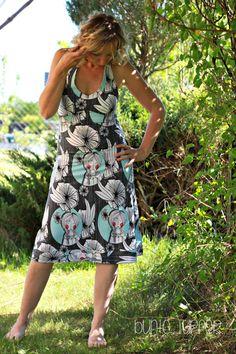 Ich habe ein weiteres Sommerteilchen für mich genäht :).   Aus dem neuen FRESH Jersey ist ein La-Playa Kleid entstanden.         Da ich ...
