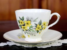 Royal Dover Vintage Teacup, Tea Cup and Saucer, Yellow Spring Blossom 12240