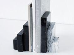 Acquista on-line Bookend sculpture By kristina dam studio, fermalibri in marmo