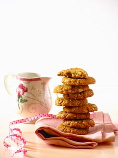 Anzac Biscuits — syrupy, chewy, crunchy Aussie classic; eggless too