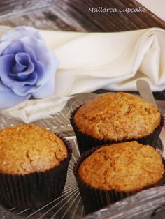 Muffins integrales de miel y canela