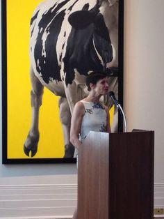 """Ou le Regard se perd"" exhibition by artist Éloise Brodeur at the Sherbrooke Museum of Fine Arts Museum Of Fine Arts, Graffiti, Contemporary Art, Street Art, Cow, Art Gallery, Artist, Animals, Art Museum"