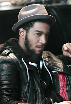 Scott Ramon Seguro Mescudi (Kid Cudi): The American musician was born to a Mexican father and an African American mother.