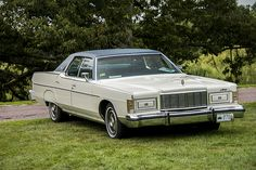 1977 Mercury Marquis Brougham-o m goodness, had this car in the 80\'s. could fit 30 people in it, not counting the trunk!!!!