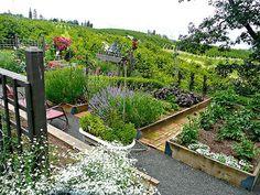 Best French Potager Garden Design #potagergarden