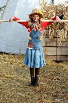 Scarecrow costume - Vanessa J