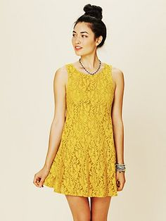 Searching for the perfect yellow dress, and this is gorgeous!