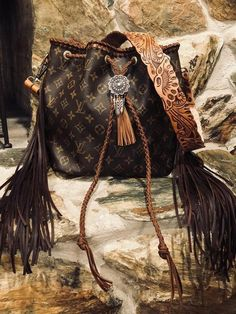 Authentic Louis vuitton petit noe boho bag – Purses And Handbags Boho Louis Vuitton Petit Noe, Louis Vuitton Neverfull Mm, Louis Vuitton Monogram, Louis Vuitton Handbags, Purses And Handbags, Fashion Handbags, Tote Handbags, Western Purses, Fringe Purse